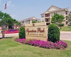 Signature Park Apartment Homes