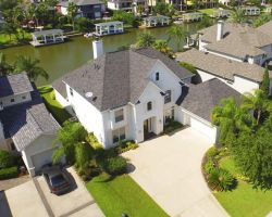 Vista Sells Properties